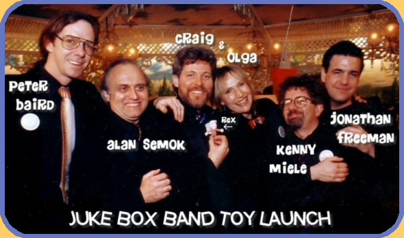 The voices behind the Juke Box Puppet Band